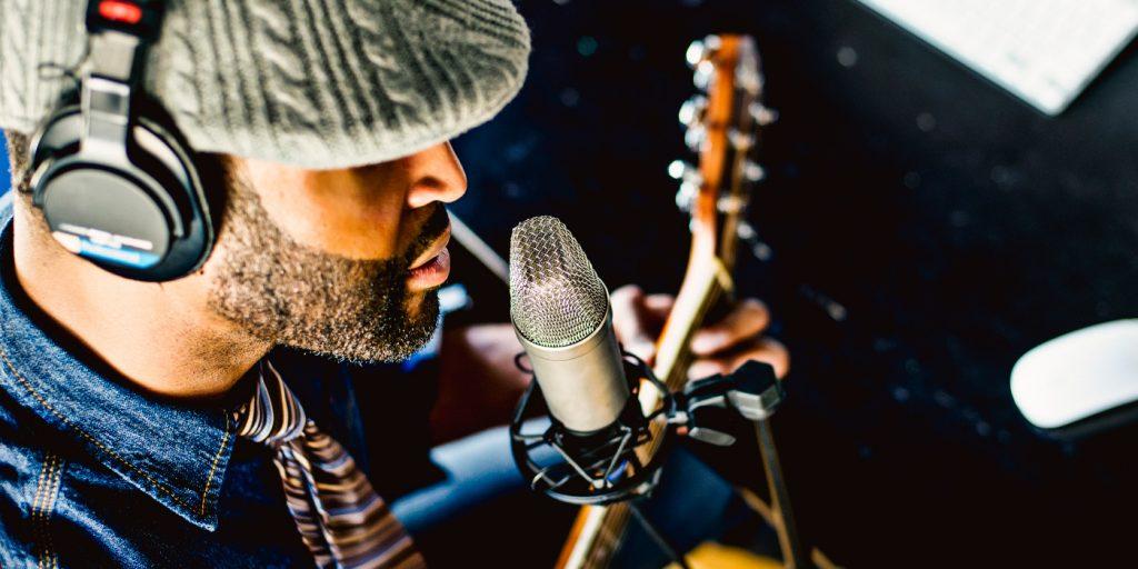 Recording the Vocalist/Guitarist