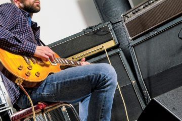 Guerrilla Guitar Mic Technique