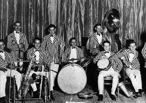 Guy Lombardo and the Royal Canadians in Port Stanley, London, Ontario before leaving for Cleveland Photo courtesy free-classic-music.com