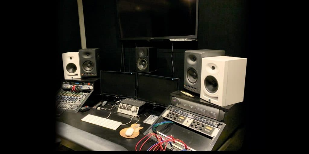 Kali Audio LP-6 Studio Monitors