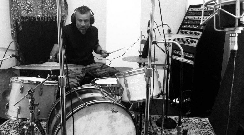 Eric Eldenius, drummer (Billy Idol, Steve Stevens) — MA-200