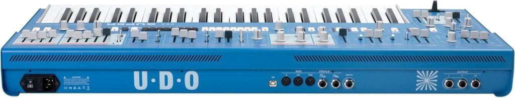 Udo Audio analog synthesizer Super 6 show-stopper back