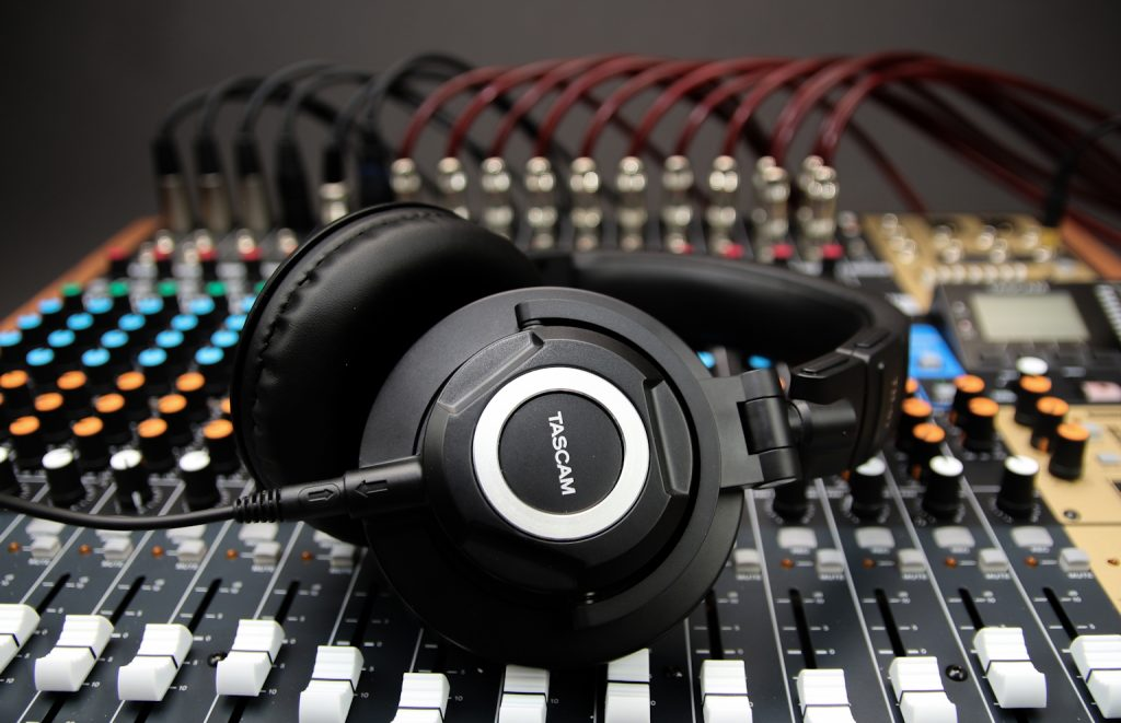 TASCAM TH-07 Headphones Offer High-Definition Monitoring