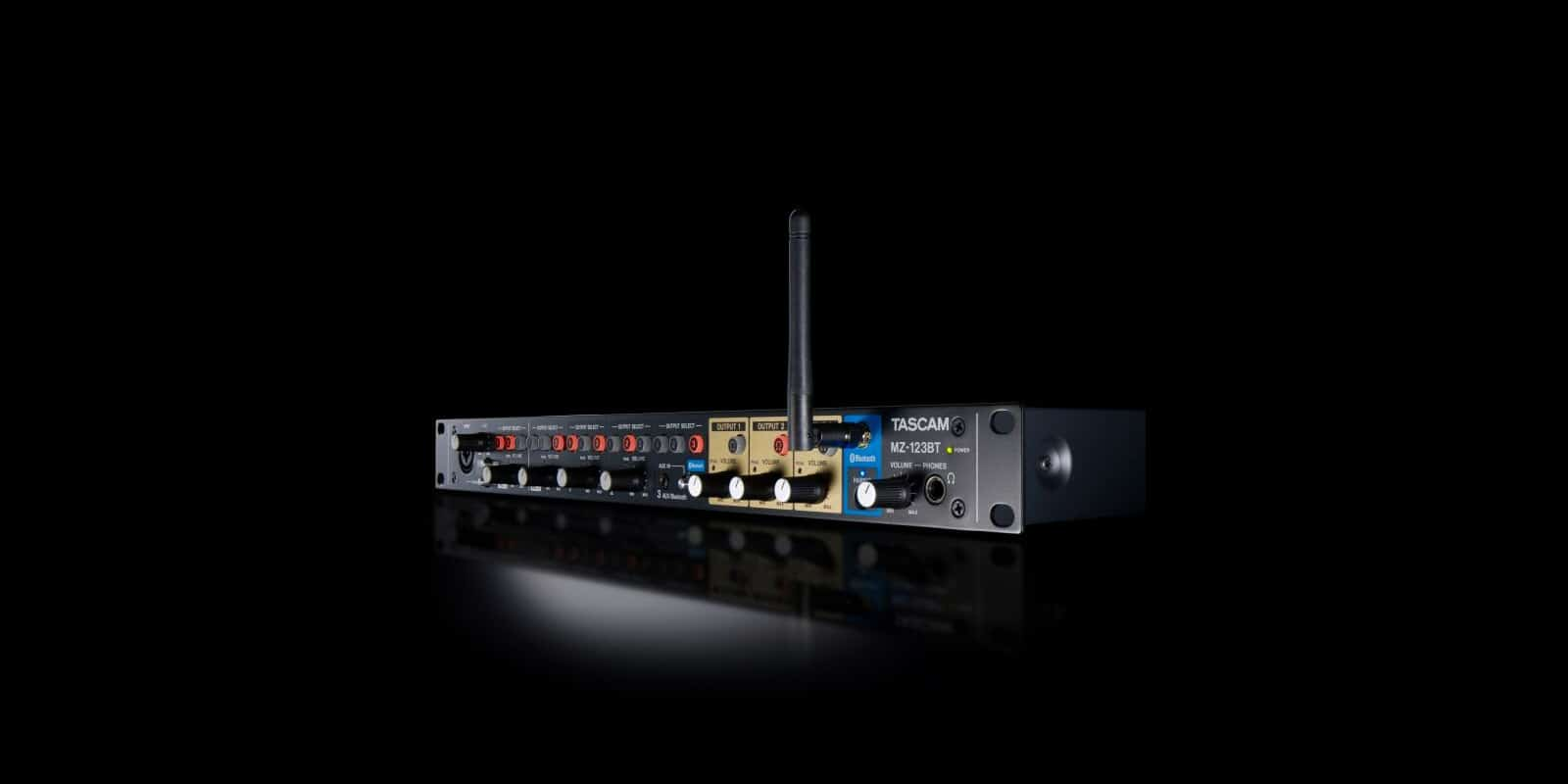 TASCAM Compact MZ-123BT Audio Mixer